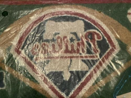 Team Philadelphia Phillies Embossed Mat, Multicolor New NOS